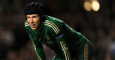 Petr Cech: Hoping to see Chelsea challenge for the Premier League crown