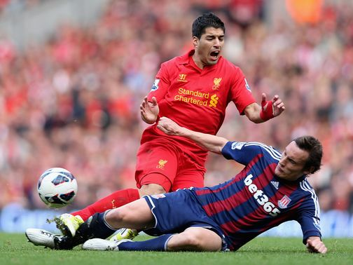 Suarez in action in the game against Stoke at Anfield.
