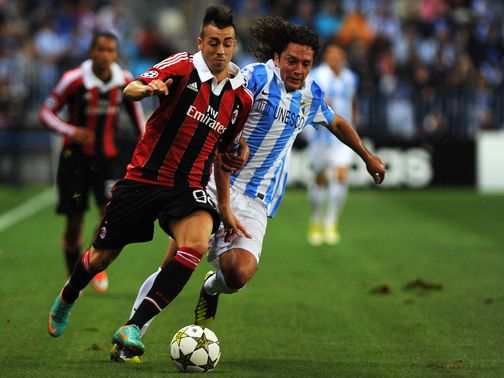 El Shaarawy tries to move away from Iturra.