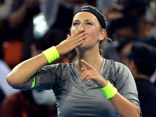 Victoria Azarenka blows a kiss to the crowd