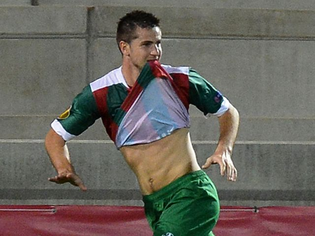 Valentin Roberge opens the scoring for Maritimo