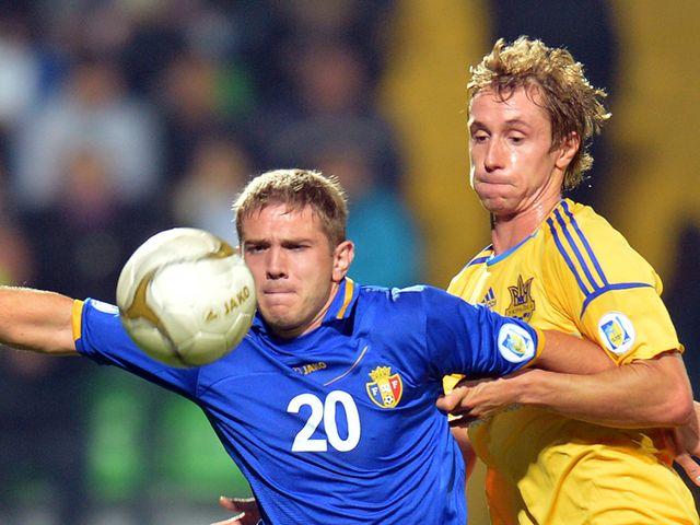 Dedov holds off Butko.