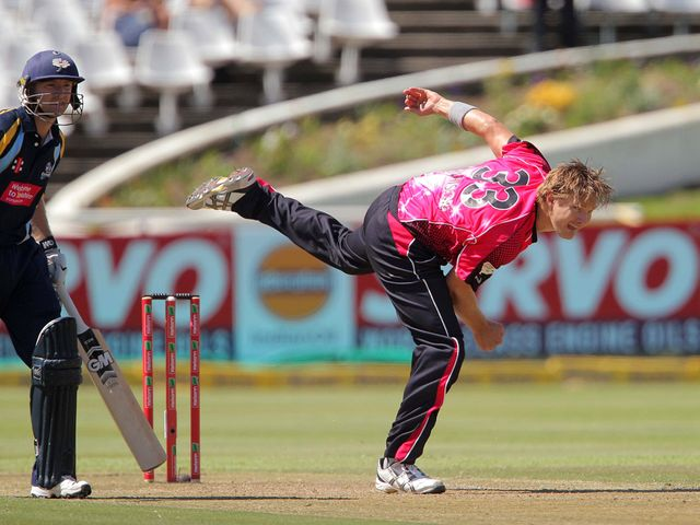 Shane Watson: Took two wickets for Sydney