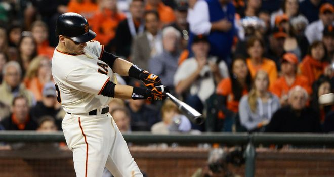 Marco Scutaro: Signs new deal with San Francisco