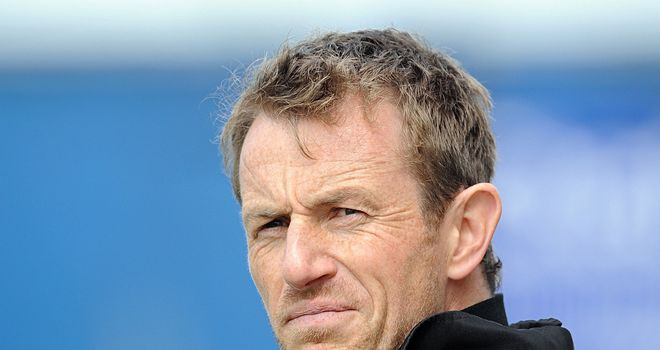 Rowett: Strengthens options