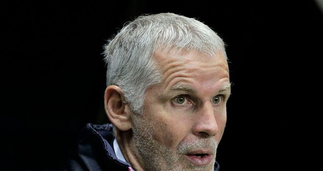 Francis Gillot: Extended his stay at Bordeaux