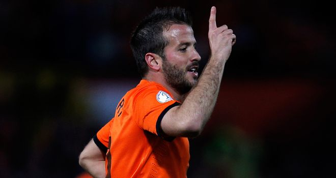 Rafael van der Vaart: Midfielder hoping Hamburg can keep star players