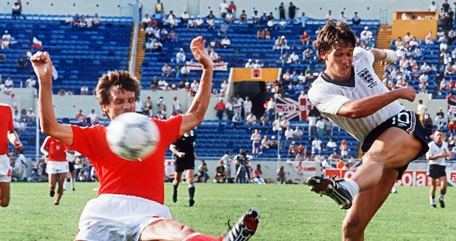 Gary Lineker in action for England against Poland at the 1986 World Cup