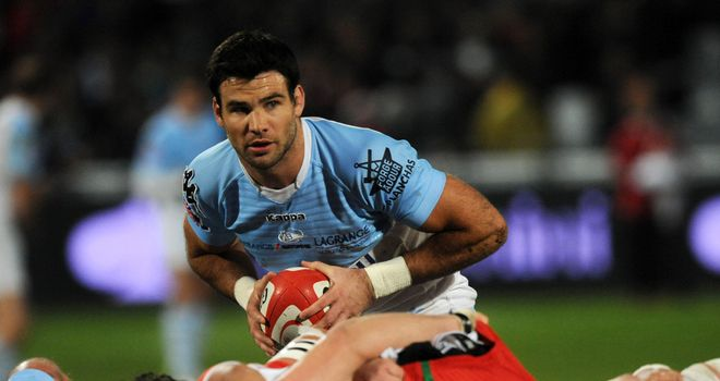 Mike Phillips: Back in training with Bayonne