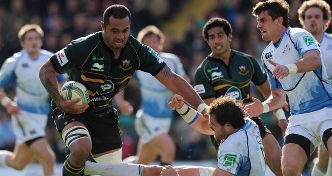 Samu Manoa: made the break to set up Northampton's first try