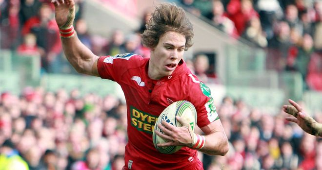 Liam Williams: Lines up for Scarlets