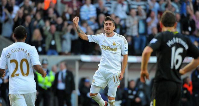 Pablo Hernandez: Enjoying the challenge of Premier League football