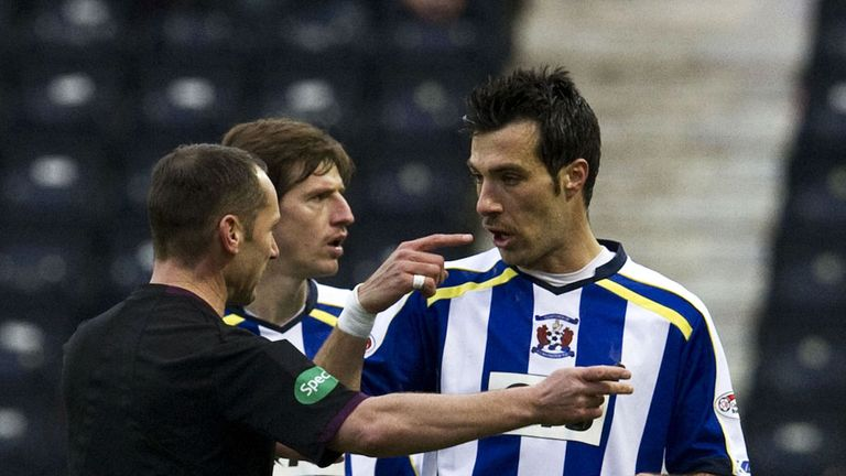 Manuel Pascali: You could see from the naked eye that he got the ball, then I got sent off for contesting two decisions