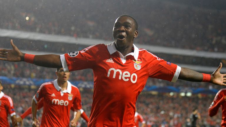 Ola John: Celebrating Benfica's opener against Celtic