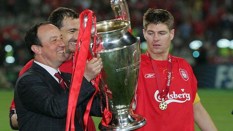 Benitez and Gerrard celebrate in Istanbul