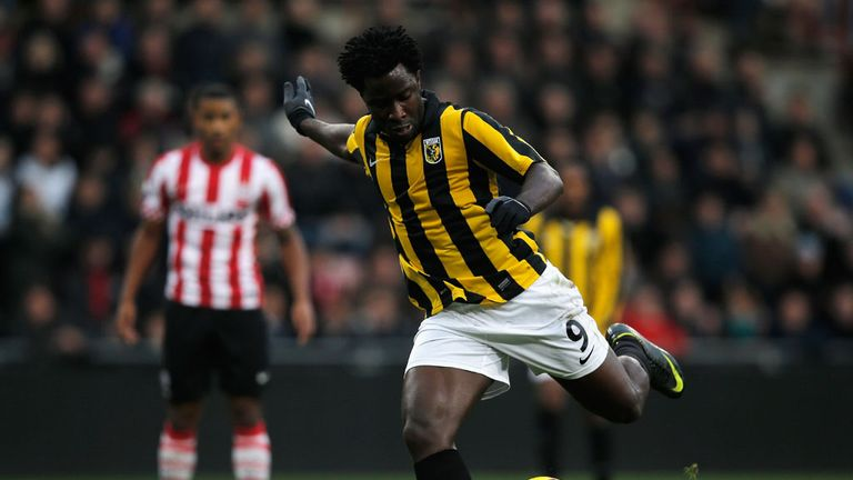 Wilfried Bony: Back in training for Vitesse