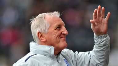 Ronnie Moore: Bids farewell to Vaulks