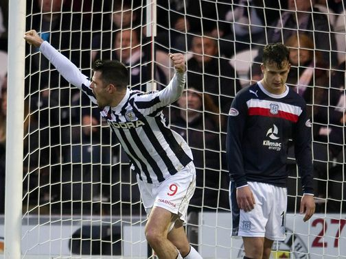Steven Thompson celebrates scoring for St Mirren