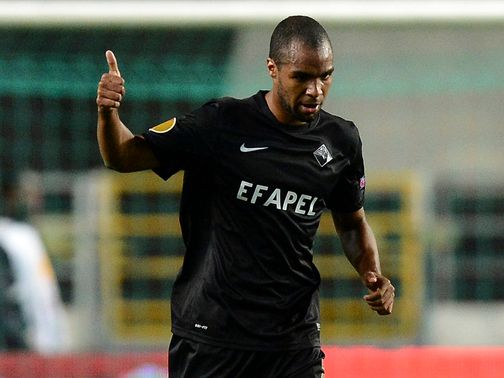 Wilson Eduardo scored both goals for Academica