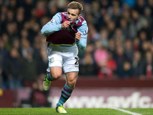 Andreas Weimann: In talks over new deal