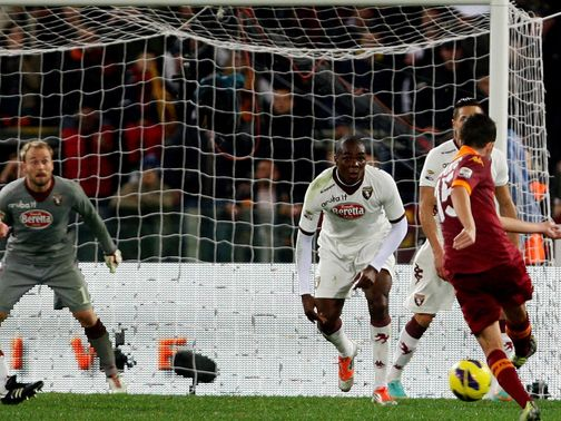 Miralem Pjanic fires home Roma&#39;s second