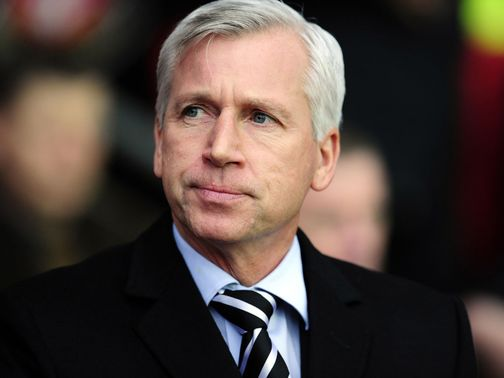 Alan Pardew: Pleased Coloccini is back