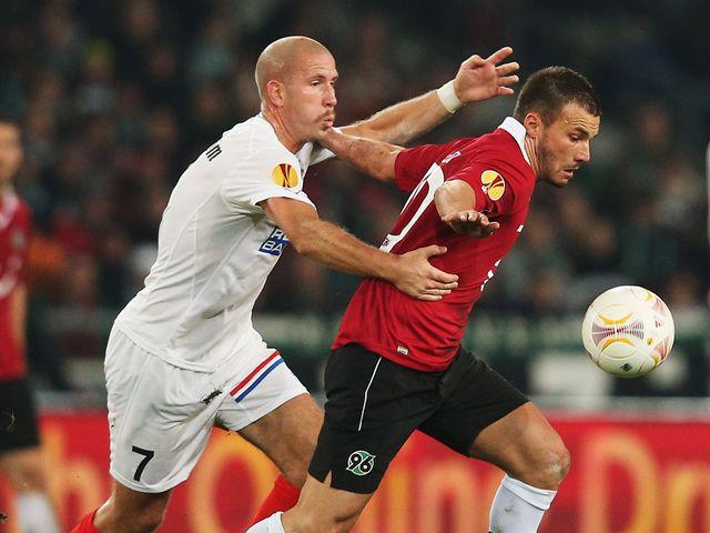 Szabolcs Huszti holds off Mattias Lindstroem