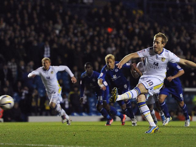 Luciano Becchio scores from the spot