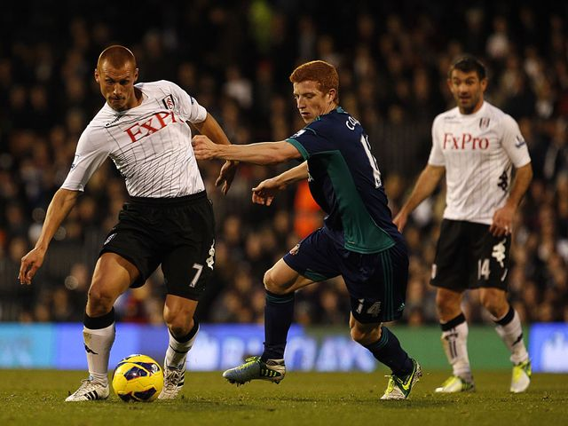 Steve Sidwell takes on Jack Colback