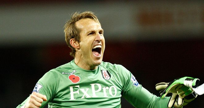 Mark Schwarzer: Keeper says Fulham's confidence is high approaching trip to Loftus Road