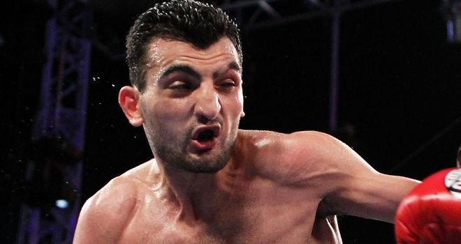 Vanes Martirosyan: Left with a nasty cut in the ninth
