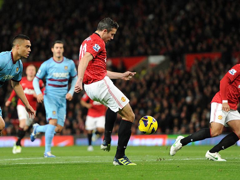 Robin van Persie scored the winner against West Ham.