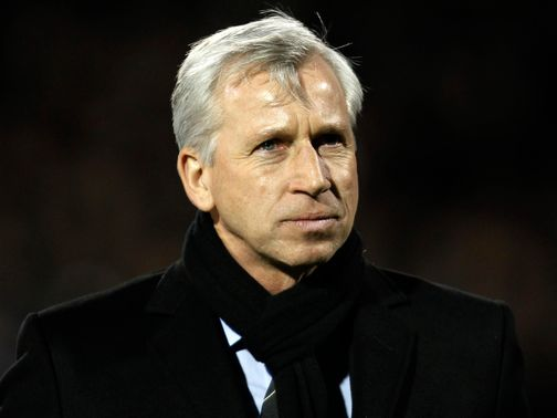 Alan Pardew: 'There's no party for us'