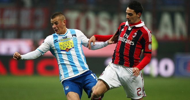 Vladimir Weiss is challenged by Mattia De Sciglio