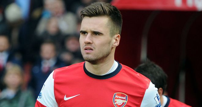Carl Jenkinson: Ready to repay Arsenal&#39;s belief after signing new deal