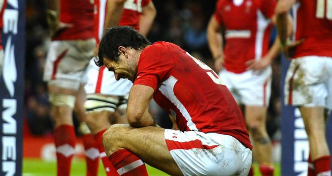 Mike Phillips shows his dissapointment after losing in the final minute to Australia