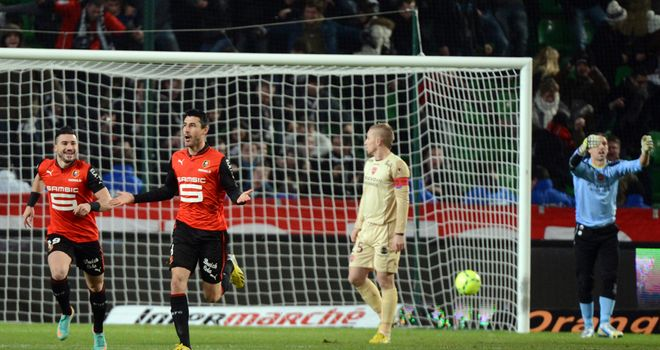 Julien Feret celebrates his goal for Rennes