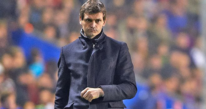 Barca coach Tito Vilanova must resume his battle with cancer