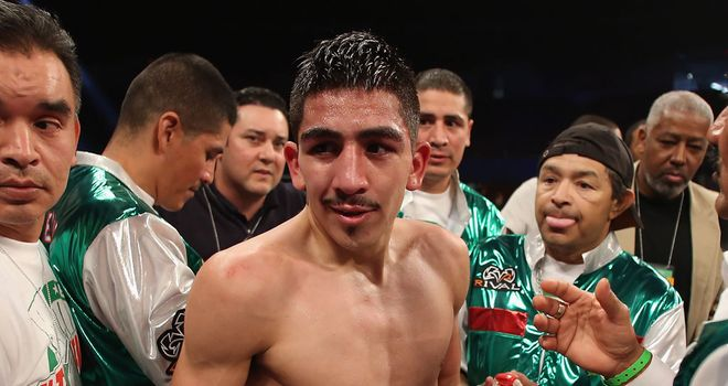 Leo Santa Cruz: Below par in his fifth fight of the year