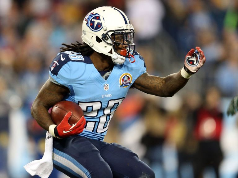 Chris Johnson: Big touchdown run for the Titans