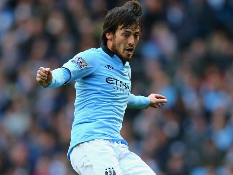 David Silva: Hoping Man United will falter in title race