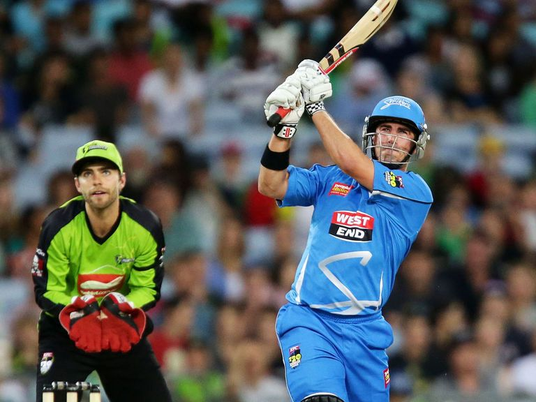 Nathan Reardon: Belted 42 from 20 balls for the Strikers