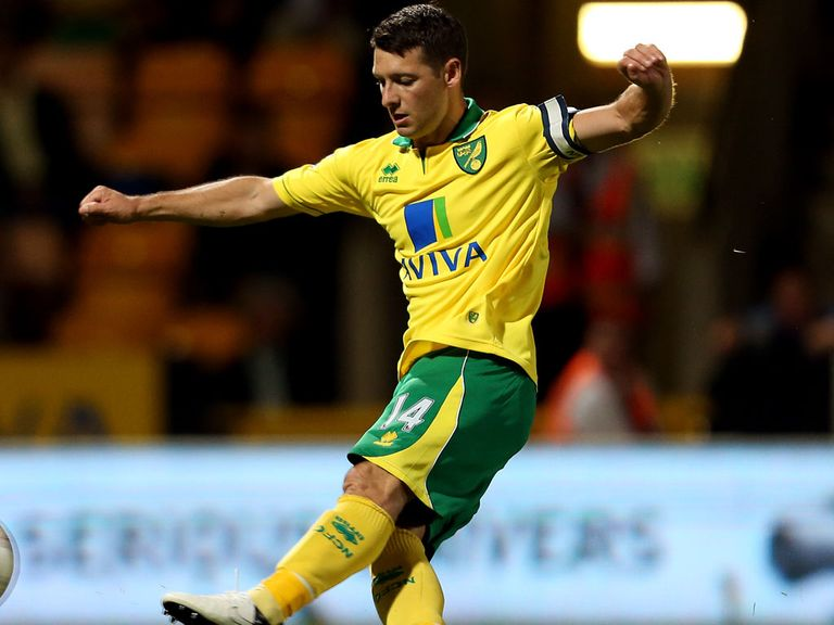 Wes Hoolahan: Happy with extended deal at Norwich