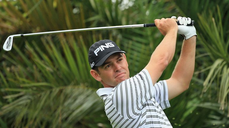 Louis Oosthuizen: One-shot lead at halfway