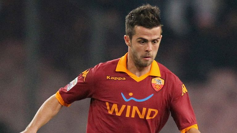 Miralem Pjanic: Bosnia international happy at Roma