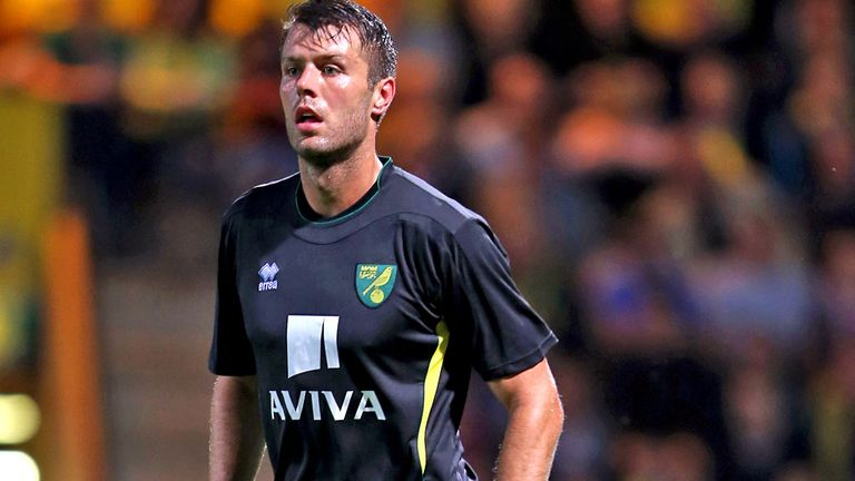 Elliott Ward: Delighted to be back at Forest