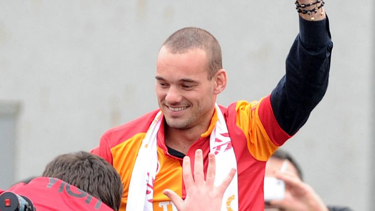 Wesley Sneijder: Sought advice before signing with Galatasaray