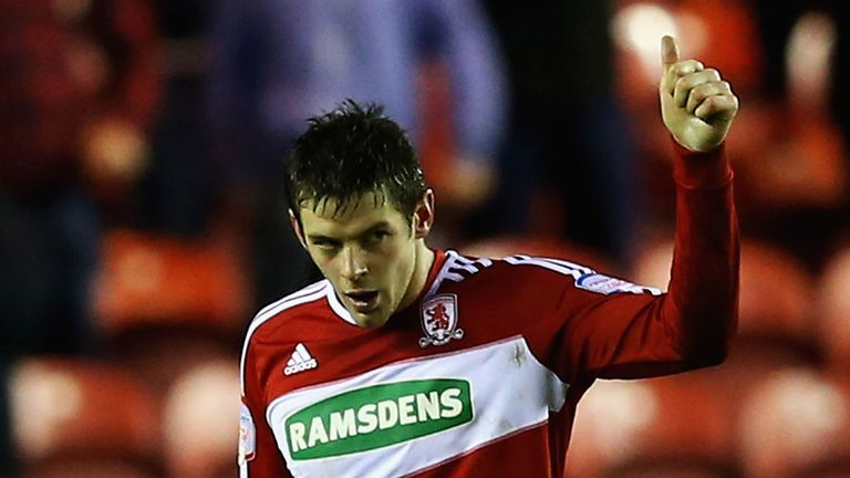 Lukas Jutkiewicz: Facing at least two weeks out