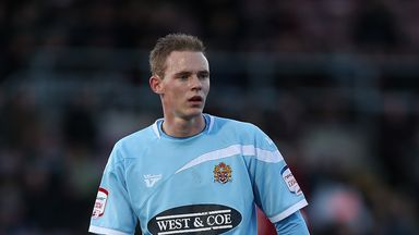 Saunders: Commits to Daggers