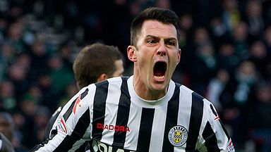 Steven Thompson: New deal at St Mirren